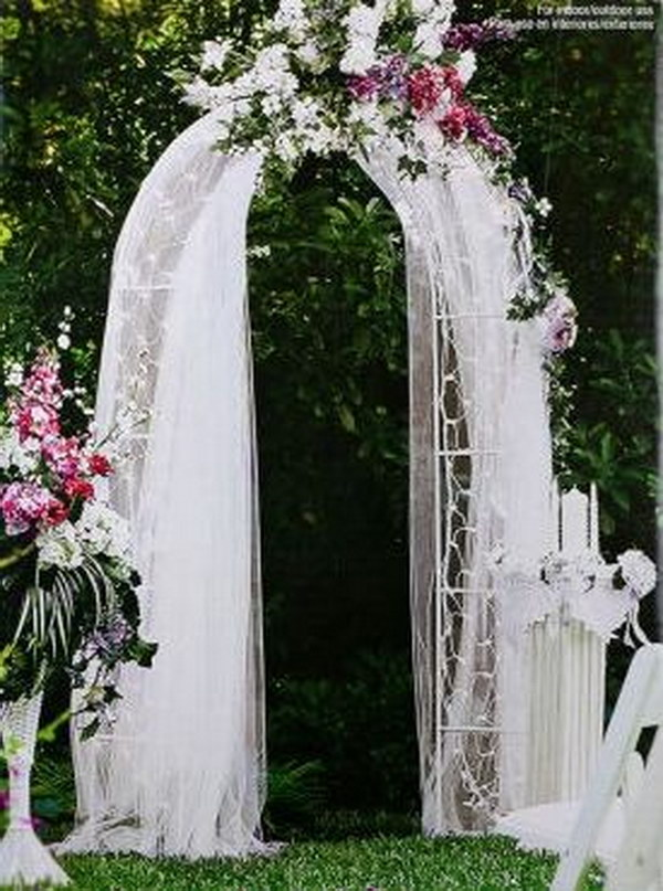 Elegant Decorated Archway Or Photo Booth
