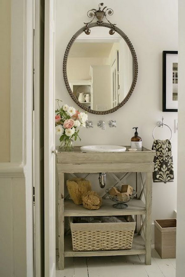 Farmhouse Style Romantic Bathroom With Flower Decorating