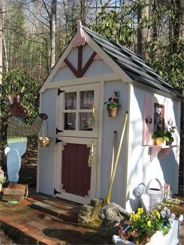 Sweet Cottage Shed.